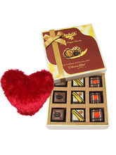 Intense Pralines Chocolates With Heart Pillow - Chocholik Luxury Chocolates