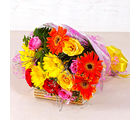 Giftacrossindia Mix Seasonal Flowers Bunch (GAIMPHD0083), 1000 gms